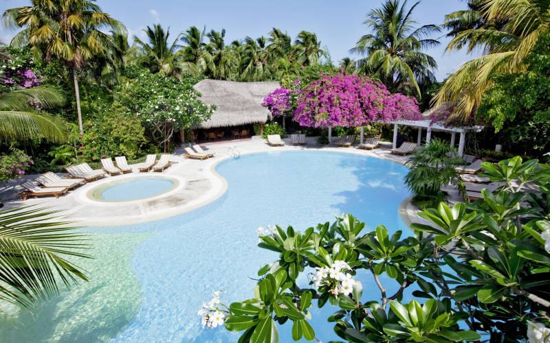 kuramathi-island-resort-31667147-1421419376-ImageGalleryLightbox